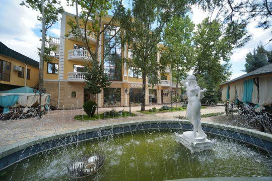 Отель «Даяна»