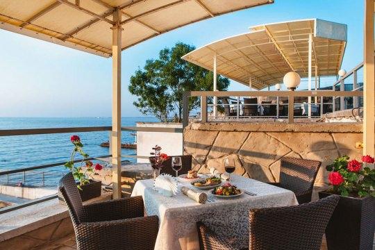 Отель «Песочная Бухта»