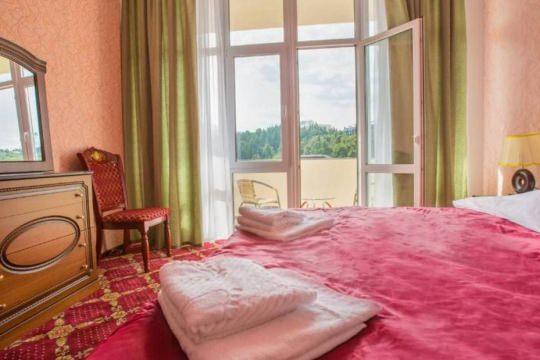 Отель «Россия» (Алушта)